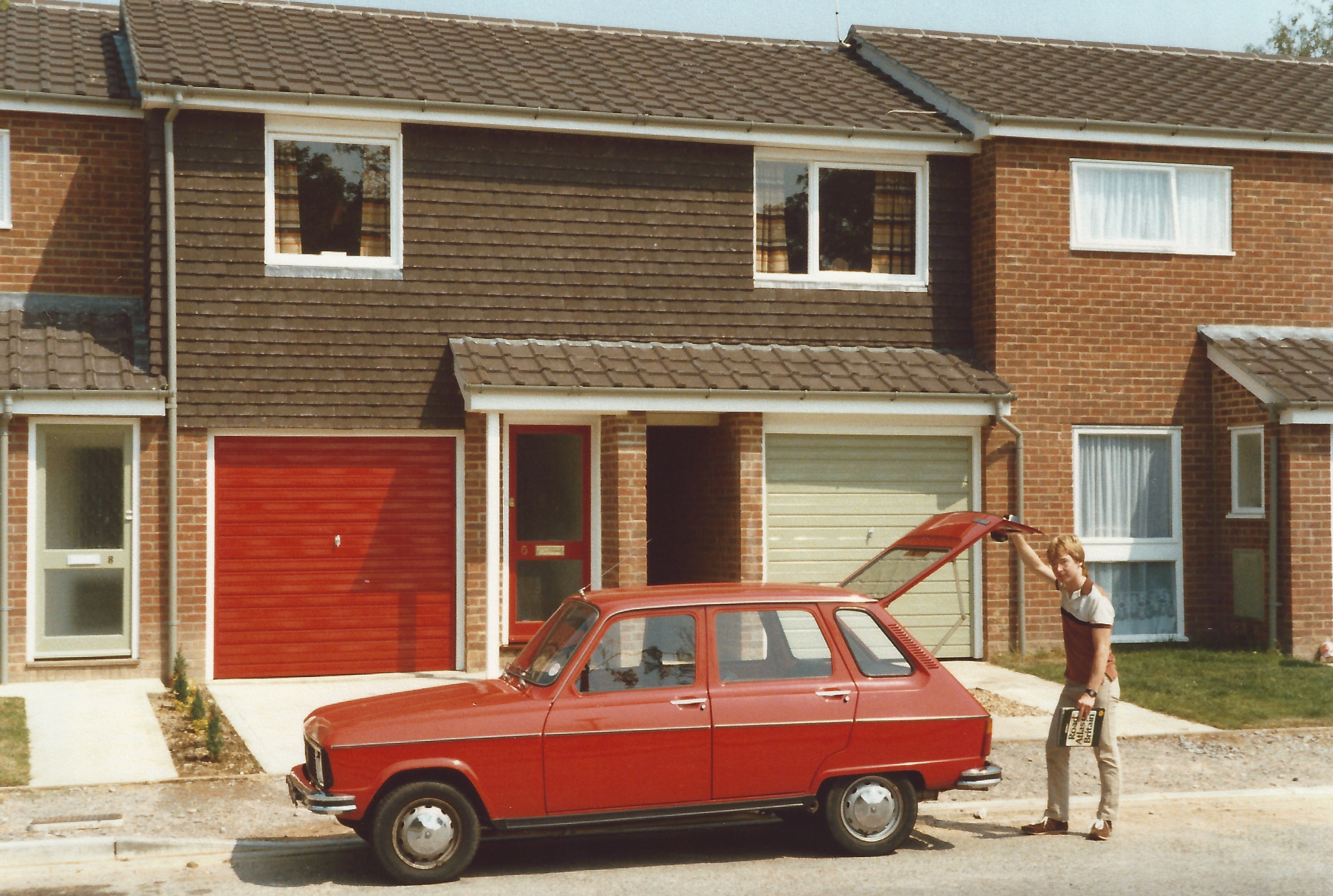 Vince with Renault 6 at Launceston Drive